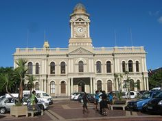 Visit the City Hall, Port Elizabeth as part of our CITY TOUR; full of reverence and wonder at the development of the second oldest city of South Africa