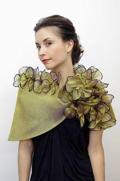 Stylish Dress Designs, Stylish Dresses, Evening Shawls, Fabric Bracelets, Wedding Shawl, Red Carpet Event, Silk Shawl, Silk Organza, Neck Piece