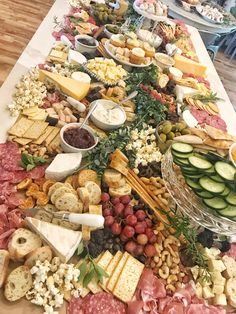 Huge Charcuterie Table Board - Wedding or Huge charcuterie board on a table - . - Huge Charcuterie Table Board – Wedding or Huge charcuterie board on a table – - Charcuterie Recipes, Charcuterie And Cheese Board, Charcuterie Platter, Cheese Boards, Charcuterie Wedding, Charcuterie Spread, Appetizers Table, Wedding Appetizers, Wedding Appetizer Table