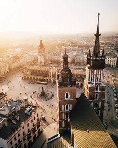 Planning a trip to Krakow, Poland? Our guide covers everything you need to know including what to see, where to eat, stay and more! Oh The Places You'll Go, Places To Travel, Travel Destinations, Places To Visit, Holiday Destinations, Between Two Worlds, Around The Worlds, Landscape Photography, Travel Photography