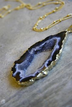 Sparkling Agate Geode Drusy Necklace by keijewelry on Etsy -obsesseddd