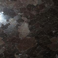 Znalezione obrazy dla zapytania brown antico granite