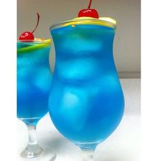 Blue Long Island Ice Tea 1/2 oz. (15ml) Vodka... | Tipsy Bartender