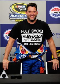 Tony Stewart - Going to miss you at Bristol and every race 'till your back. Nascar Sprint Cup, Nascar Racing, Auto Racing, Drag Racing, Nascar Quotes, Racing Quotes, Nascar News, Nascar 2016, Rusty Wallace