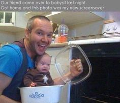 Check out: Baby Memes - Bad babysitter. One of our funny daily memes selection. We add new funny memes everyday! Bookmark us today and enjoy some slapstick entertainment! Funny Shit, Haha Funny, Funny Stuff, That's Hilarious, Funny Things, Funny People, Funniest Things, Crazy Things, Stupid Stuff