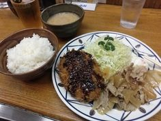 -Kitchen Jiro- YOSYOKU was born by the fusion to the Japanese cuisine and Western cuisine. Two choice plate $8.90 Tumbler beer $5.00 http://alike.jp/restaurant/target_top/28301/