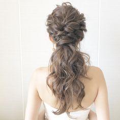 大人婚・ホテル婚に大人気♡「ポニーテール」のアレンジカタログ*   marry[マリー] Bridal Makeup, Wedding Makeup, Bridal Hair, Bride Hairstyles, Messy Hairstyles, Hear Style, Hair Setting, Dream Wedding Dresses, Hairdresser