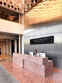 'Tintagel House' TOG's New Shared Work Space - Universal Design Studio Reception Desk Design, Lobby Reception, Hotel Reception Desk, Reception Counter, Reception Areas, Commercial Design, Commercial Interiors, Terrazzo, Work From Home Companies