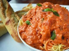 Lover's Pasta with Tomato Cream Sauce is made by sauteing onion and garlic in butter and adding tomatoes, broth, spices, cream, parmesan cheese and basil. Best Tomato Pasta Sauce, Tomato Cream Sauces, Wine Recipes, Cooking Recipes, Healthy Recipes, Cream Cheese Sauce, Cream Pasta, Homemade Pasta, Vegetarian Cooking
