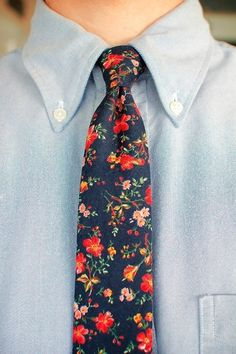 #dssummerparty, dress it up with a floral tie