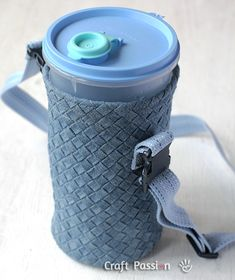 A sewing tutorial to sew thick fabric water bottle holder with no lining needed. I demonstrated with the Intrecciato Weave I made previously. You can adapt the tutorial to sew other sizes of water bottles.