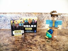 ROBLOX Mini Figure avec Virtual code-Celebrity Series 2 NEUF * bonnabellerose *