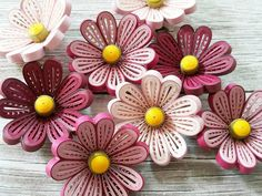 quilling flowers #quilling#paperquilling #quillingflowers #quillingart#papercrafts #paperart#paperflowers #handmade #종이감기#종이감기공예#종이감기꽃#종이공예#종이꽃#핸드메이드#クイリング#ペーパークラフト#手作り Paper Quilling For Beginners, Paper Quilling Tutorial, Paper Quilling Flowers, Paper Quilling Patterns, Quilled Paper Art, Paper Flowers Craft, Quilling Paper Craft, Quilling Techniques, Clay Flowers