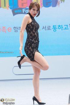 Aoa Elvis, Asian Woman, Asian Girl, Sexy Socks, Girls In Mini Skirts, Oriental Fashion, Spring Fashion Trends, Girl Bands, Korean Celebrities