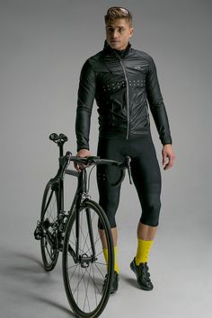 The RainBLOCK Cycling Jacket provides a slim-line fit and excellent protection from cold breezes on fast, cool and wet rides. Cycling Wear, Cycling Outfit, Men's Cycling, Lycra Men, Athletic Men, Sport Man, Sexy Men, Sexy Guys, Sportswear