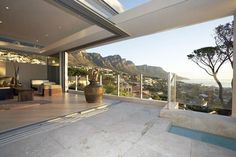 Tranquil Skies luxury villa in Camps Bay