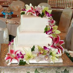 Tropical Wedding Cake, love this cake but maybe with round shapes instead of squares?