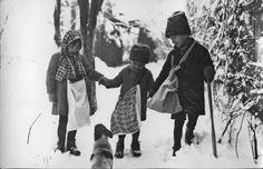 Carolers, Romania, vintage photos, Daniel Petrescu