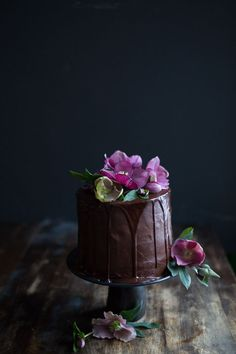 Wedding Cakes, Petra Veikkola Photography - food photography and styling, Cakes by Aan Tafel, styling by Hey Look http://www.petraveikkola.com