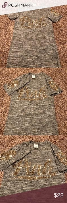 PINK tee shirt Size Medium no flaws! PINK Victoria's Secret Tops Tees - Short Sleeve