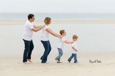 Séance-photo en famille à la plage à Brest | Objectif Petits Photographe de bébés, enfants et familles à Brest
