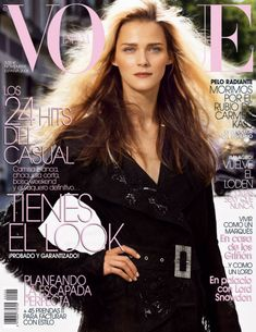 Cover with Carmen Kass November 2006 of ES based magazine Vogue Spain from Condé Nast Publications including details. Vogue Magazine Covers, Fashion Magazine Cover, Fashion Cover, Vogue Covers, Vogue Spain, Vogue Korea, Vogue Russia, Vogue India, High Fashion Photography