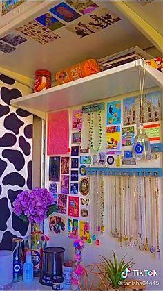 Indie Room Decor, Cute Room Decor, Aesthetic Room Decor, Aesthetic Indie, Aesthetic Dark, Travel Aesthetic, Aesthetic Vintage, Room Ideas Bedroom, Bedroom Decor