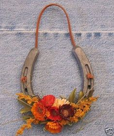 Fall inspiration for your retired horse shoes.