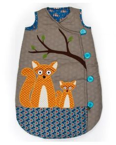 How to DIY Simple Baby Sleeping Bag from Free Template | www.FabArtDIY.com