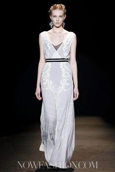 Alberta Ferretti Ready To Wear Fall Winter 2013 Milan - NOWFASHION