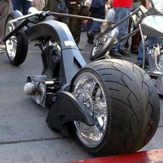 of Harley Davidson Chopper Custom Choppers, Custom Harleys, Chopper Motorcycle, Motorcycle Style, Custom Street Bikes, Custom Bikes, Cool Motorcycles, Triumph Motorcycles, Motos Harley Davidson