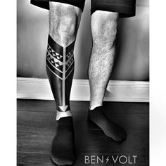 In progress. A triangular Indigenous American inspired leg piece for Aaron; graphic symbols of connection to his roots. Thanks you!!! #benvolt #blackwork #tattoo #tattoos #graphicdesign #form8tattoo #sanfrancisco #blackworkerssubmission