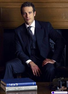 Michael Vartan......................hot