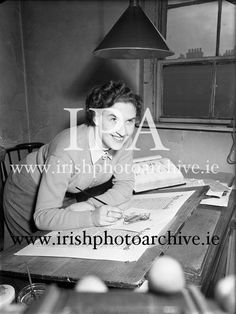 http://irishphotoarchive.ie Genealogical Office, Dublin Castle, Special..04/12/1952