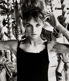 e6730f6111 Jean Shrimpton A little black dress is the definition of effortless style  on the pretty Brit.