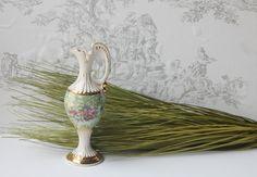 Vintage Czechoslovakian ceramic vase Venetian by MossAndBerry, $16.00