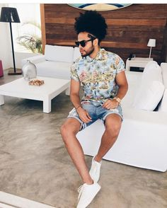 "2,300 mentions J'aime, 11 commentaires - MODA MASCULINA • LIFESTYLE (@itboy_) sur Instagram: ""Style #itboy : @jefaoblack 👏🏽💥 // • {Marque @itboy_ em sua 📸 & apareça por aqui}."""