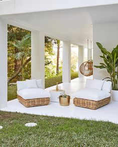 How about this for a stunning chilled space! We absolutely love House 10 by Sofa Area Externa, Outdoor Furniture Sofa, Beach House Furniture, Houses Architecture, Three Birds Renovations, Interior And Exterior, Interior Design, Open Plan Living, Open Plan House