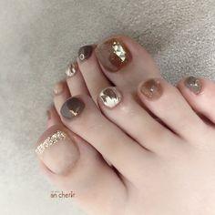 Fancy Nails Designs, Pedicure Nail Designs, Pedicure Nails, Feet Nail Design, Cute Halloween Nails, Fall Gel Nails, Korean Nail Art, Feet Nails, Stylish Nails