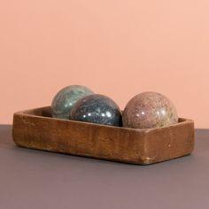 Elegancko! #marble #decoration #balls #vintage