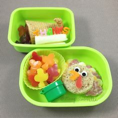 Thanksgiving bento lunch with turkey sandwich, fall leaves, and a cornucopia of fruit | Merry Antoinette