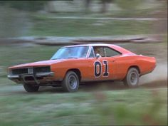 You'd never believe it but the Dukes of Hazzard wasn't ever supposed to be popular. Dodge Muscle Cars, Custom Muscle Cars, My Dream Car, Dream Cars, Hot Wheels, Doge, General Lee Car, Famous Movie Cars, Dukes Of Hazard