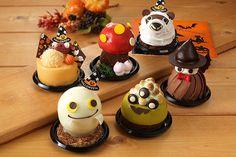 Halloween Desserts, Halloween Cakes, Cute Food, Good Food, Tiny Food, Dessert Drinks, Aesthetic Food, Strawberry Shortcake, Food Art