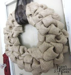 Six Sisters' Stuff: 25 DIY Festive Fall Wreath Tutorials