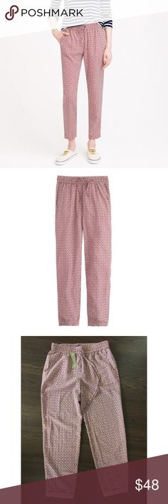 """nwt j.crew geo print drawstring jogger pants 2 a go-to pant with a silhouette so easy that it'll make your jeans (and chinos) jealous. poly. elastic waist. slant pockets. cuffed. machine wash. sold out online and in stores.  size 2  fit sits above hip relaxed through hip + thigh, straight leg 26"""" inseam  condition brand new with tags!  rules no trades no paypal only super cool offers considered J. Crew Pants Track Pants & Joggers"""