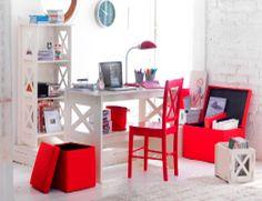 Escritorio dormitorio #pieza #proyecto #rojo #Decoración #Espacio