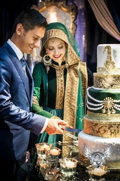 everylittleshaadithing: everylittleshaadithing.tumblr.com Wedding dress and cake with green theme. What coordination. #MuslimWedding, www.PerfectMuslimWedding