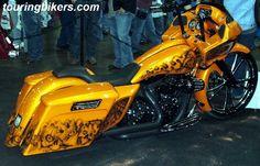 Custom Harley Davidson Road Glide, yellow with skulls