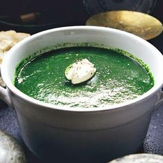 A quick, easy and healthy spinach soup.  ! onion, 1 garlic clove, 1 vegetable bouillion tablet,  500g spinach.Soften onion and garlic , add 500ml of water, add the bouillion tablet, let simmer, then add spinach, cook for 2 minutes, puree the soup in a blender, pour back in pan and add either a bit of butter, some creme fraiche or fat free yogurt.