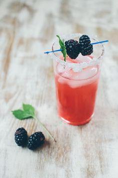Mango   Blackberry Mint Margaritas | http://hellonatural.co/mango-blackberry-mint-margaritas/